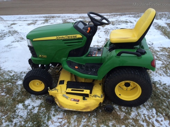 2007 John Deere X720 Lawn & Garden and Commercial Mowing ...