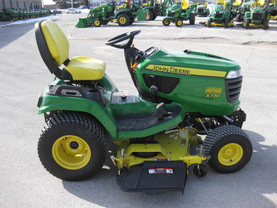 2014 John Deere X730 Lawn & Garden and Commercial Mowing ...
