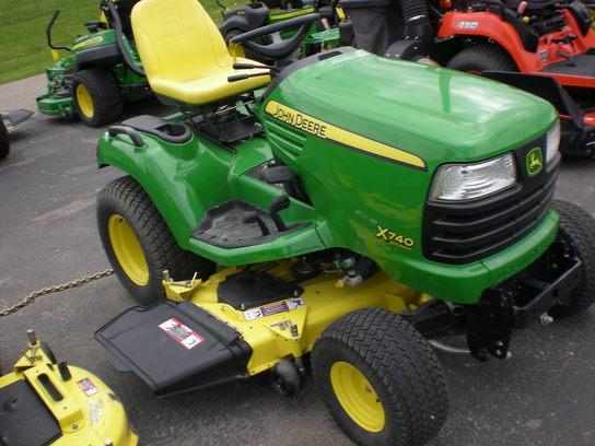 2009 John Deere x740 Lawn & Garden and Commercial Mowing ...