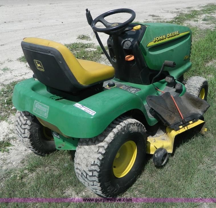 John Deere LT166 lawn mower | no-reserve auction on ...