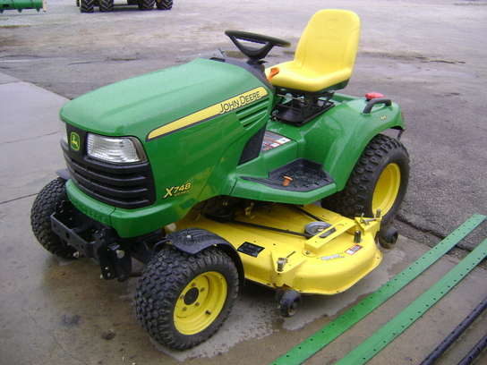 2009 John Deere X748 Lawn & Garden and Commercial Mowing ...