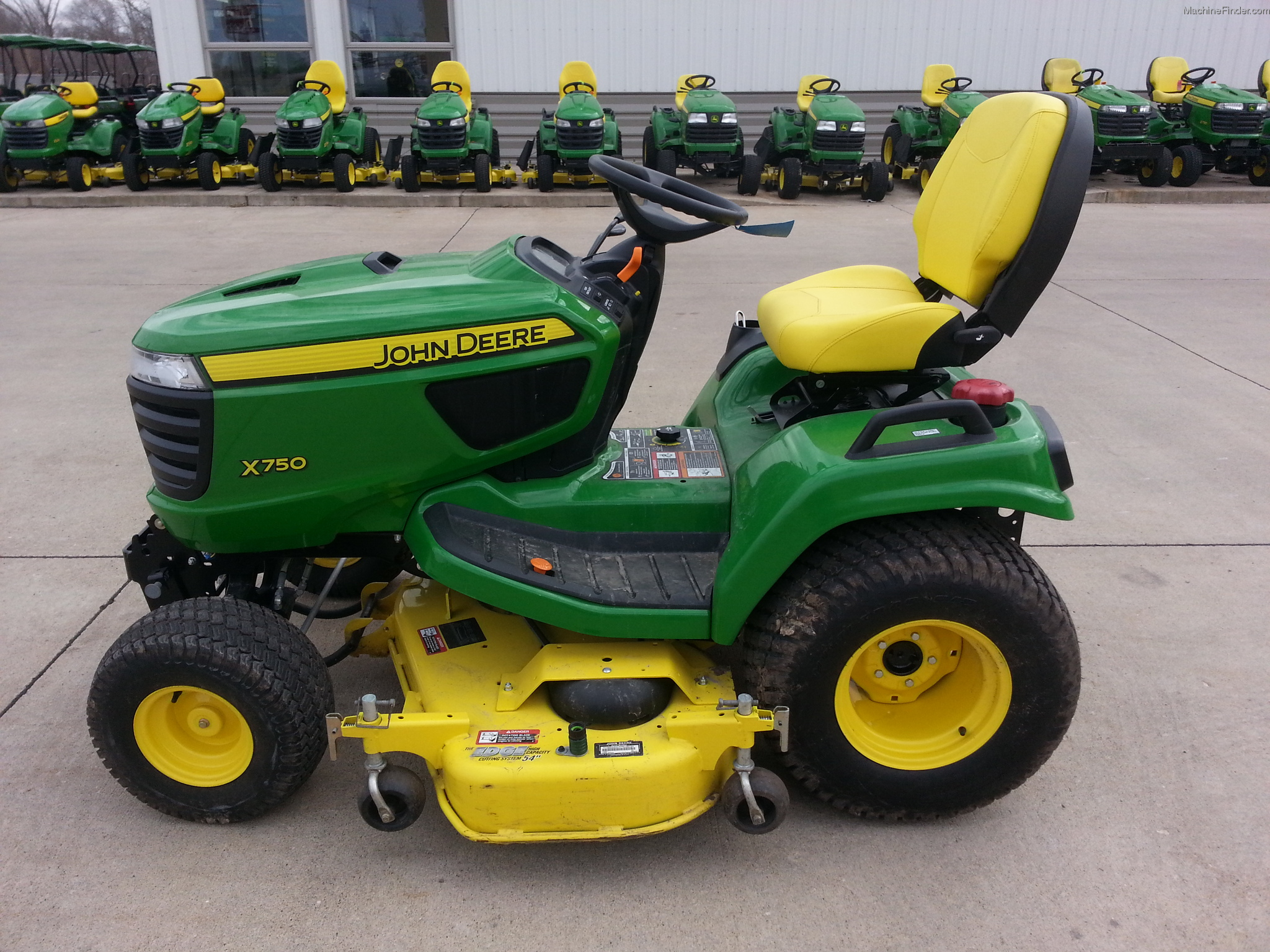 2013 John Deere X750 Lawn & Garden and Commercial Mowing ...