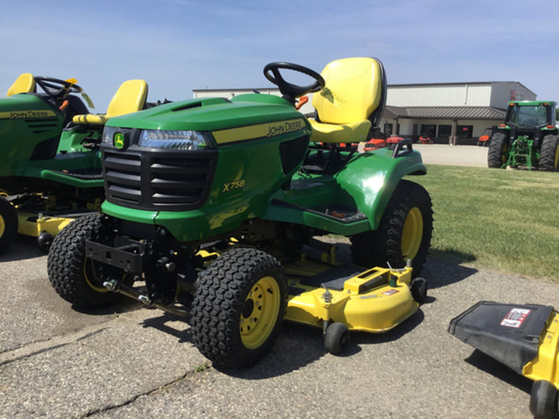 2013 John Deere X758 Riding Mower #1M0X758ACDM010818 HAUG ...