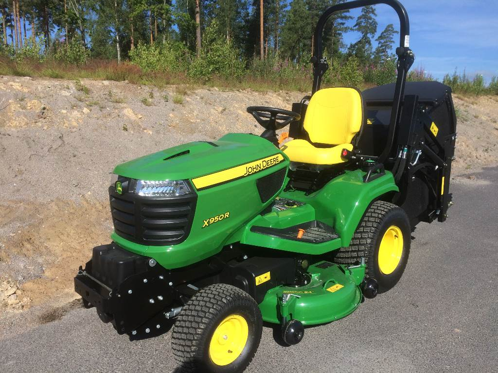 Used John Deere X950R riding mowers Year: 2016 for sale ...