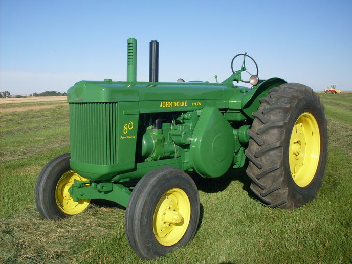 55 John Deere 80 (2013-09-15) - Tractor Shed