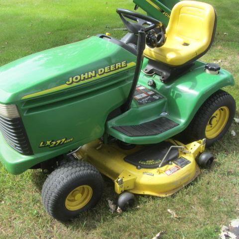John Deere 17hp Lawn Tractor | SHAKE MOVING AUCTION | K-BID