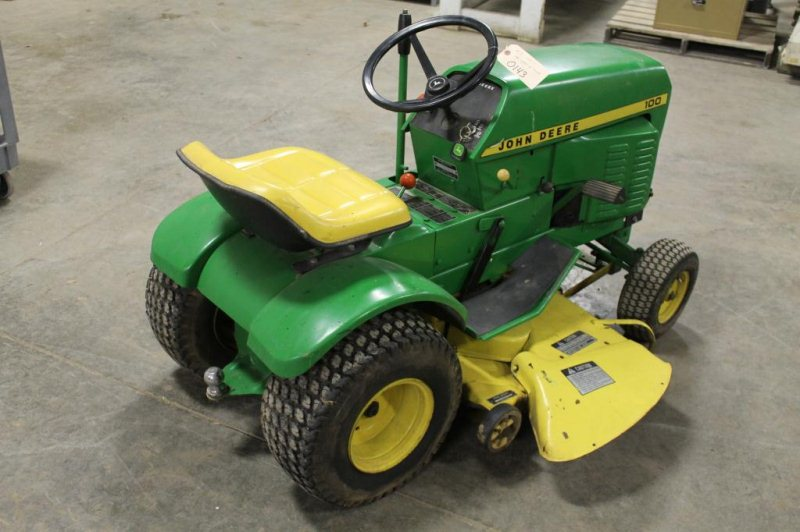 LOT #65 - JOHN DEERE 100 RIDING LAWN MOWER SERIAL # C100F 07