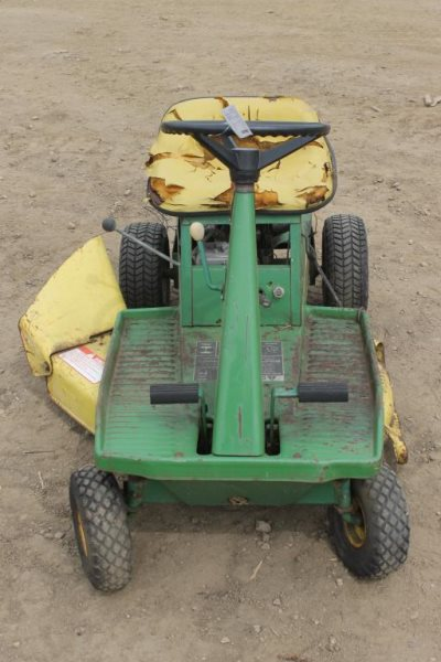 LOT #340K - JOHN DEERE 65 RIDING LAWN MOWER