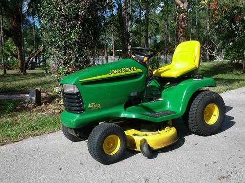 John Deere Riding Lawn Tractor LT 160 for Sale in Naples ...