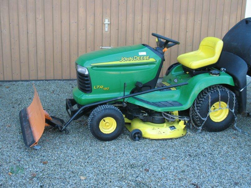 John Deere 180 Lawn Tractor: John Deere 180 - e-cighq.com