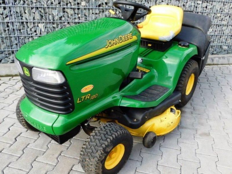 John Deere 180 LTR Lawn tractor - technikboerse.com
