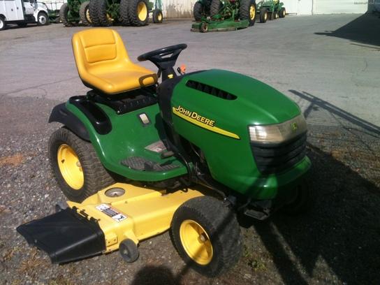 2005 John Deere G110 Lawn & Garden and Commercial Mowing ...