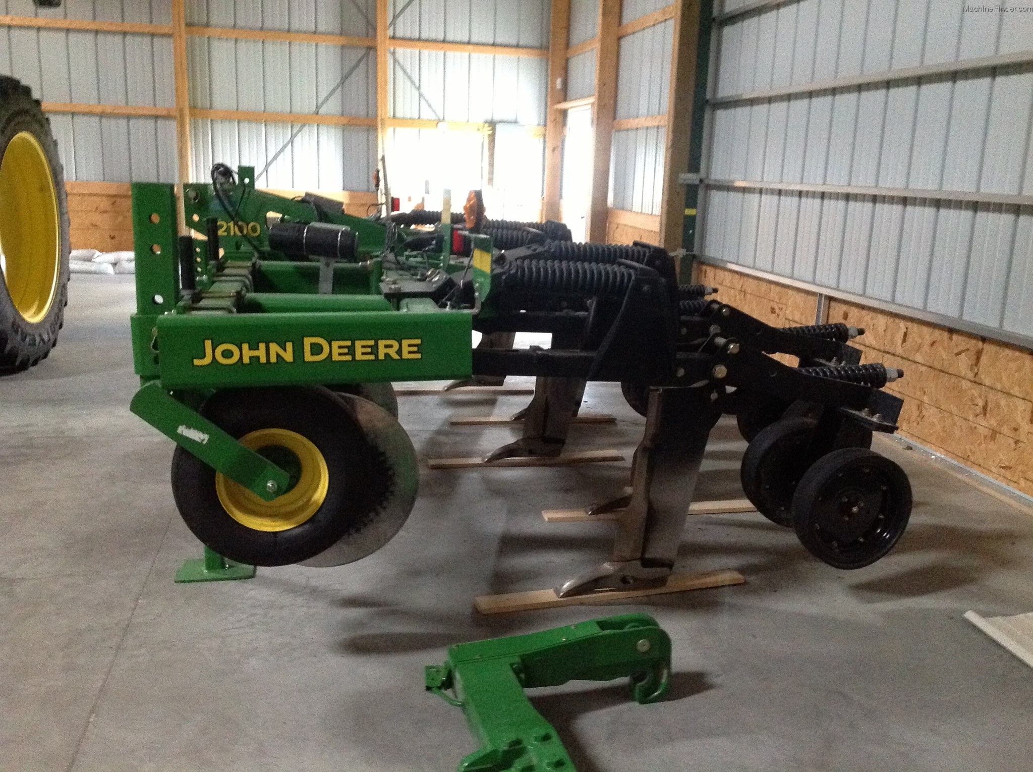 2012 John Deere 2100 Tillage - John Deere MachineFinder