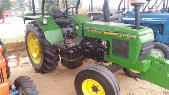 John Deere 2300 4X2 Tractor | | Farming Equipment ...