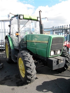 Tractor - John Deere 2800 4WD enclosed cab Auction (0012 ...