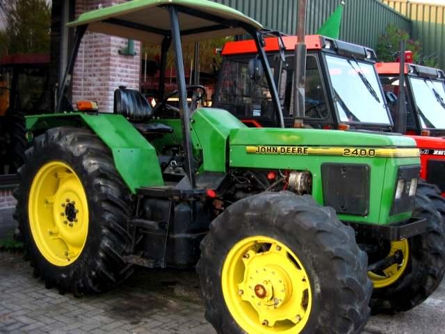 John Deere 2400 | Tractor & Construction Plant Wiki ...