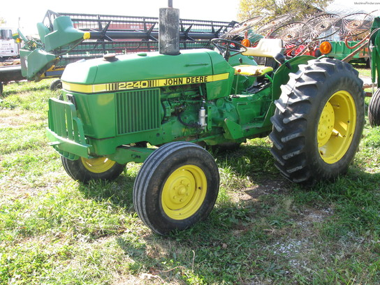 John Deere 2240 Tractors - Utility (40-100hp) - John Deere ...
