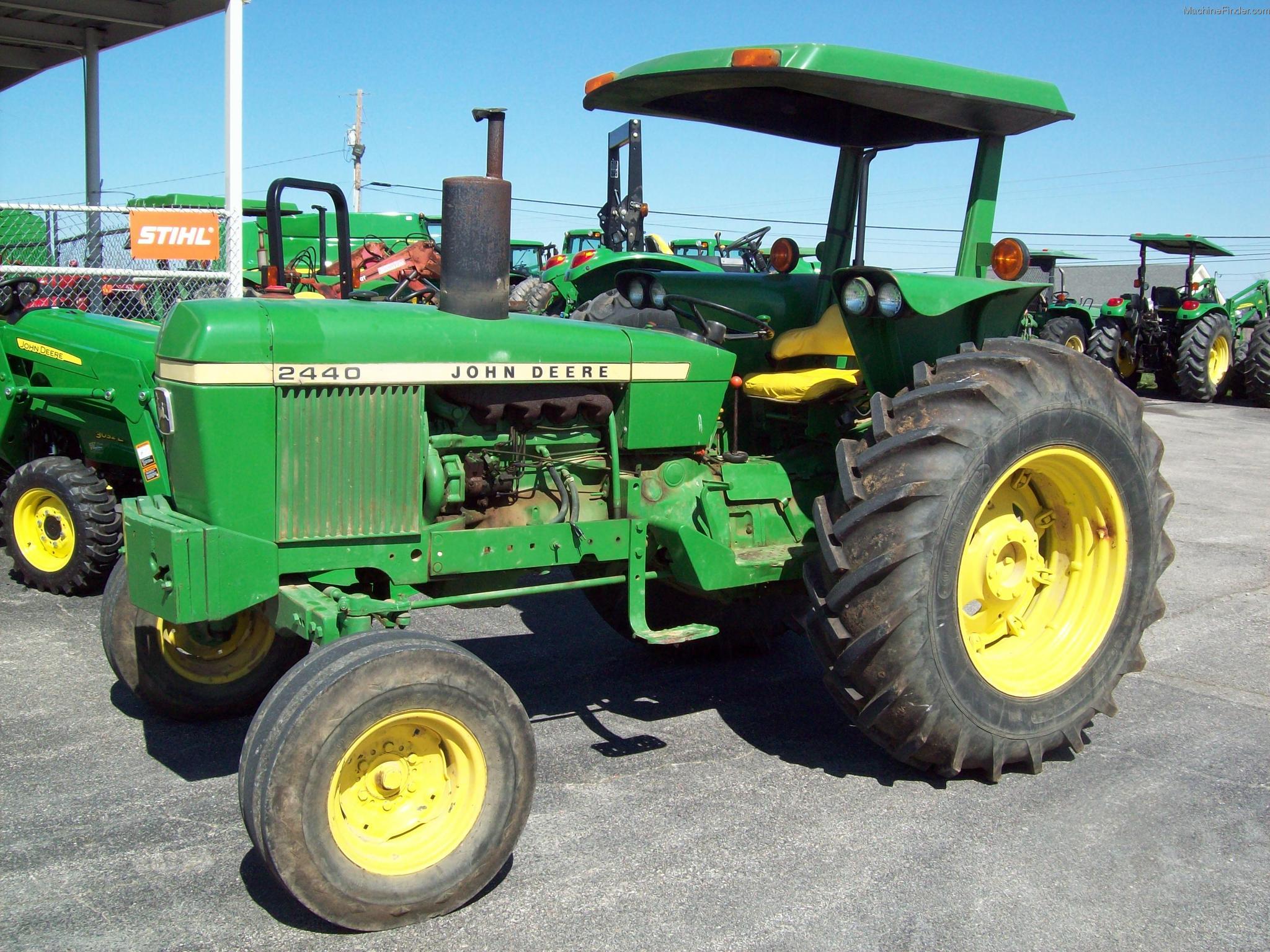 1976 John Deere 2440 Tractors - Utility (40-100hp) - John ...