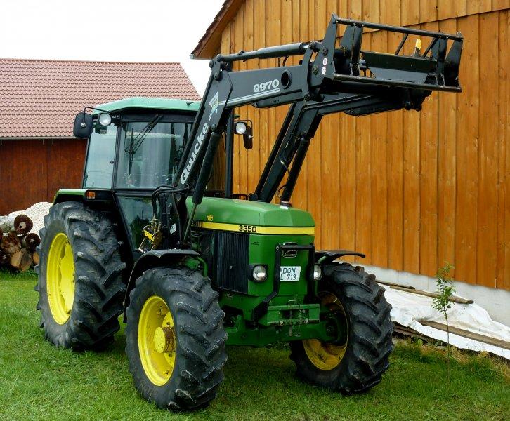 Tractor John Deere 3350 - technikboerse.com