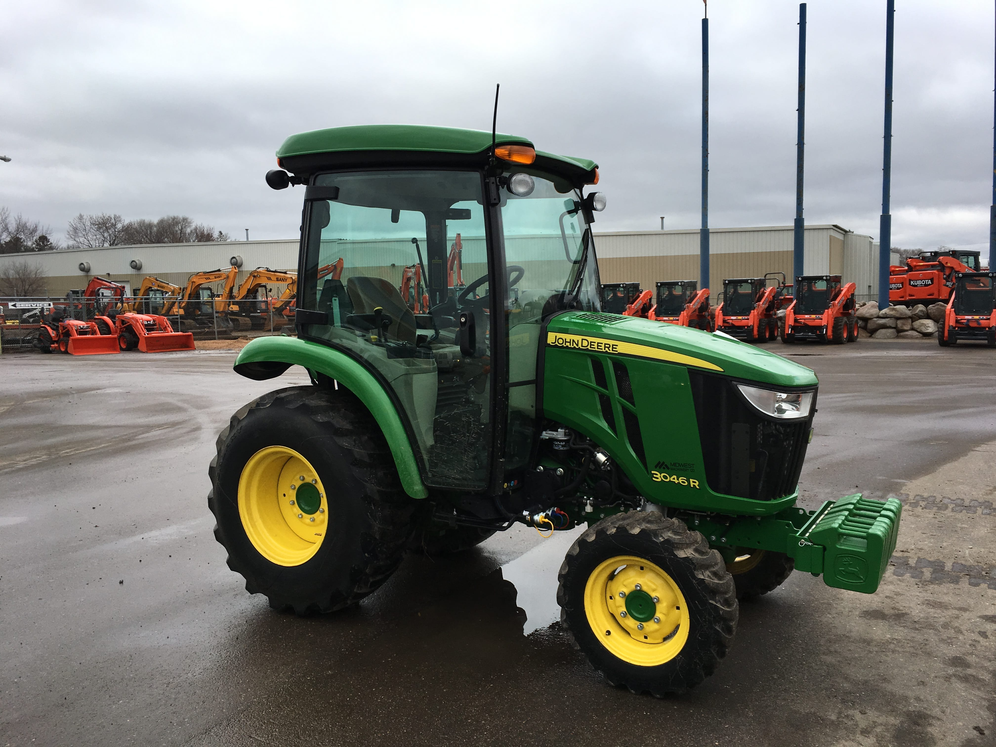 2015 John Deere 3046R Compact Tractor - Lano Equipment, Inc.