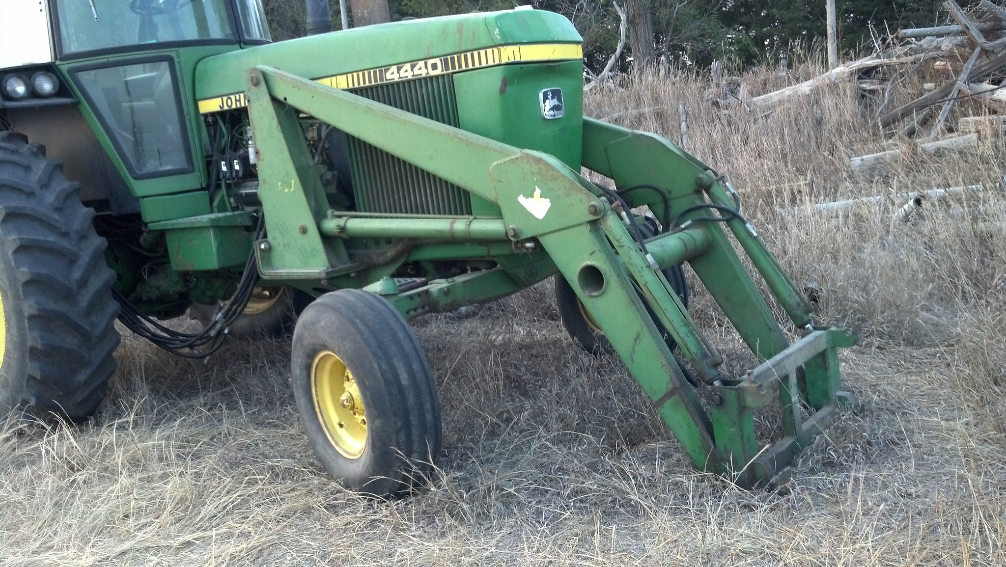 John Deere 158 Tractor Loaders - John Deere MachineFinder