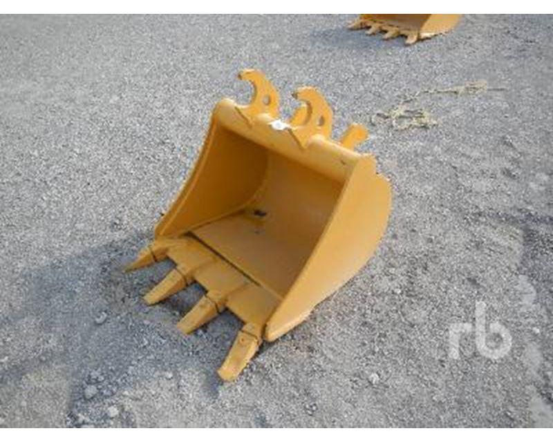 John Deere Q/C 24 In. Excavator Bucket For Sale - Mont ...