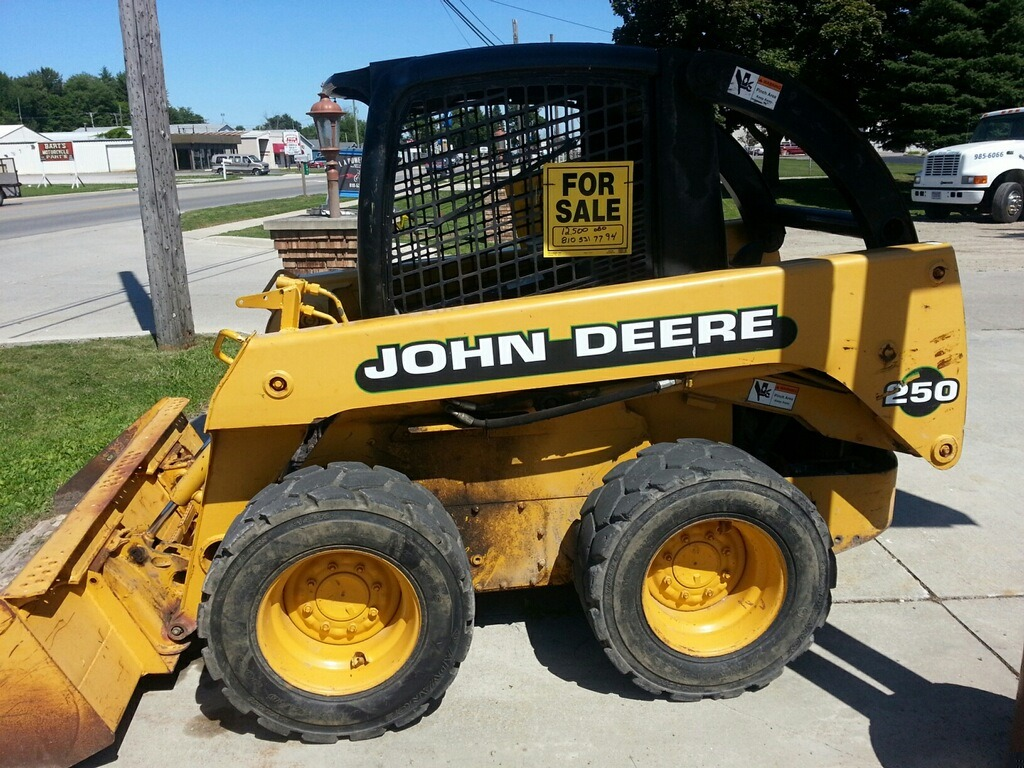John Deere 250 Skid Steer Media Bucket Low Hours Local ...