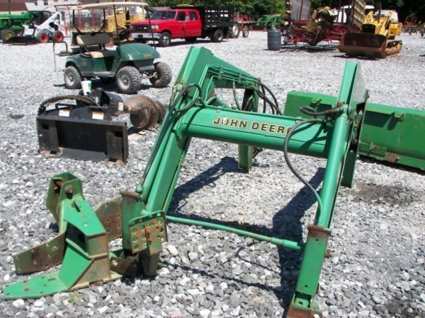 118: John Deere 540 Loader with Brackets for Tractors ...