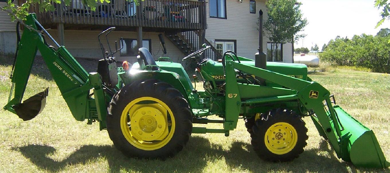 John Deere Task-Master compact utility tractor 2x4 Diesel ...