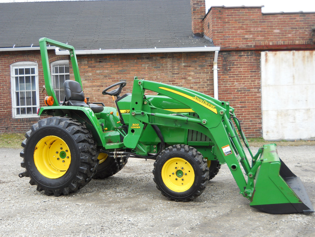2006 JOHN DEERE 790 4X4 COMPACT FARM - Home