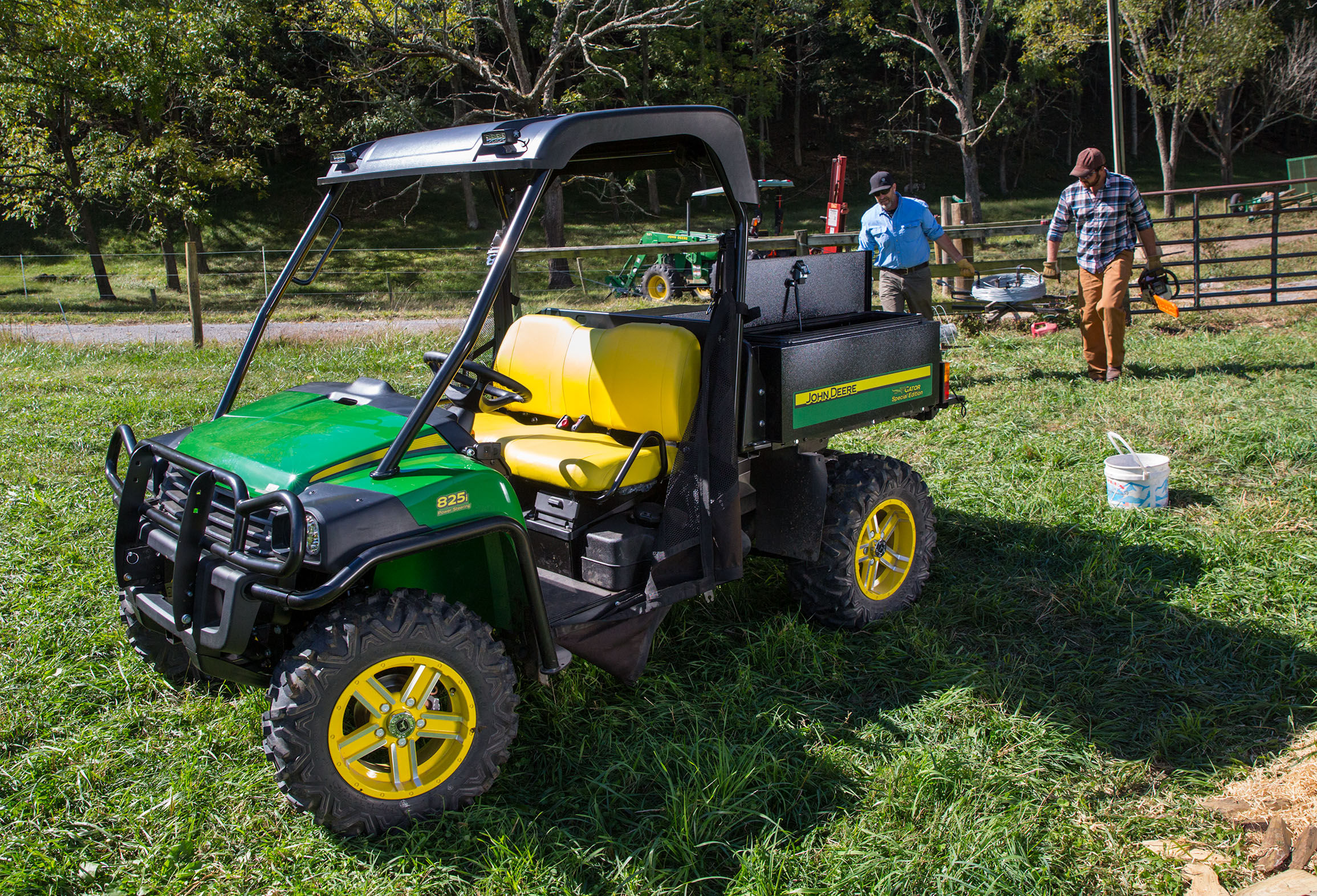 John Deere Unveils 2016 Gator™ XUV 825i Special Edition at ...