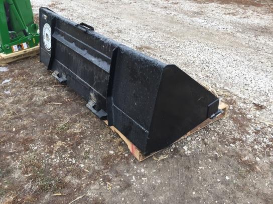 John Deere 84 Utility Bucket Construction Equipment ...