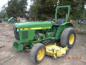 JD 850 2WD. Compact Tractor   Green Spring Tractor