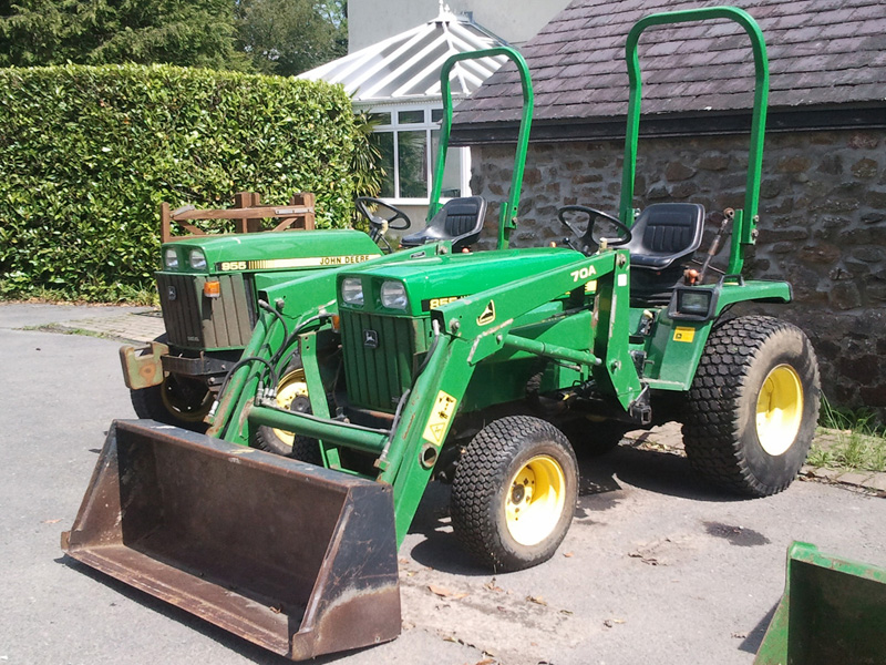 John Deere 855 with Front Loader | Used Compact Tractor