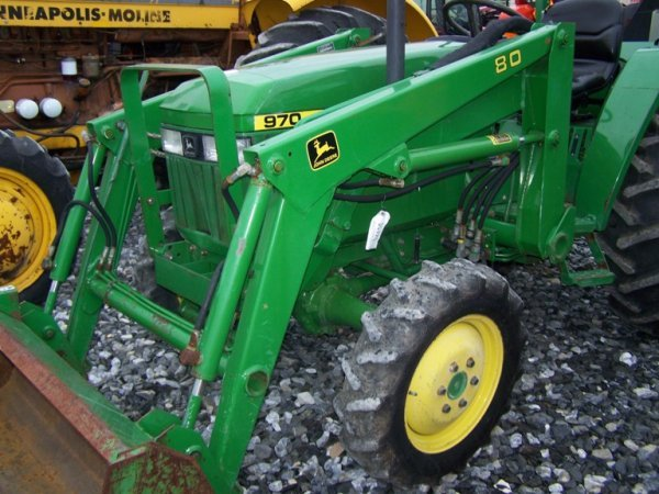 141A: John Deere 970 4x4 Compact Tractor with Loader : Lot ...