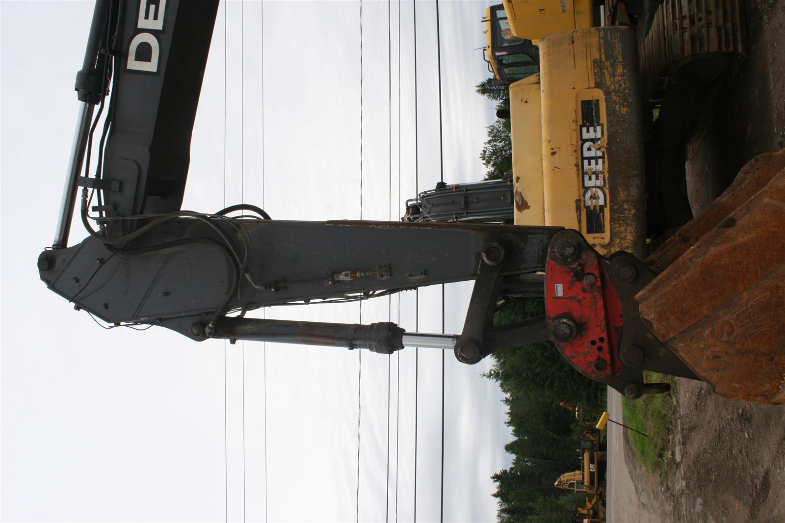 Hydraulic cylinder - Heavy equipment parts