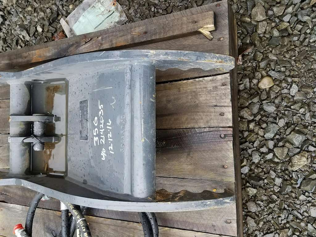2015 John Deere THUMB Bucket For Sale | Tacoma, WA ...