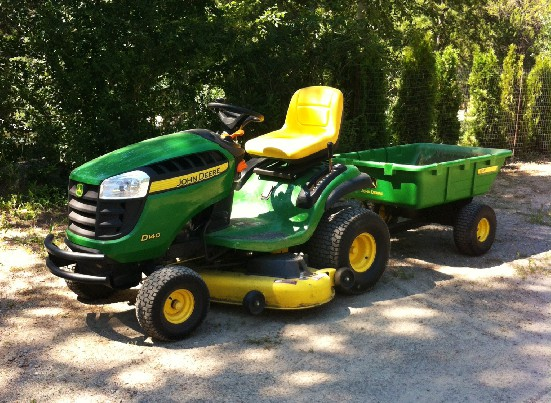 John Deere D140 Review by Keller Smith - TractorByNet.com