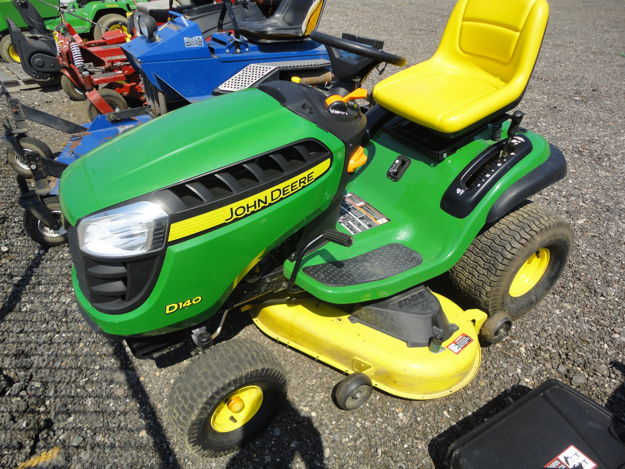 John Deere D140 Lawn & Garden and Commercial Mowing - John ...