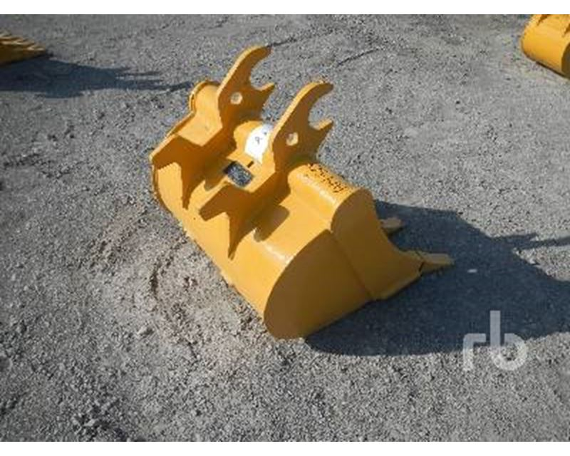 John Deere Q/C 24 In. Excavator Bucket For Sale - Mont ...