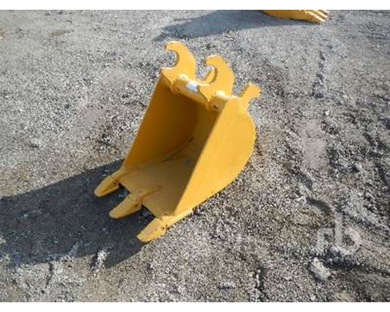 John Deere Q/C 16 In. Excavator Bucket For Sale - Mont ...