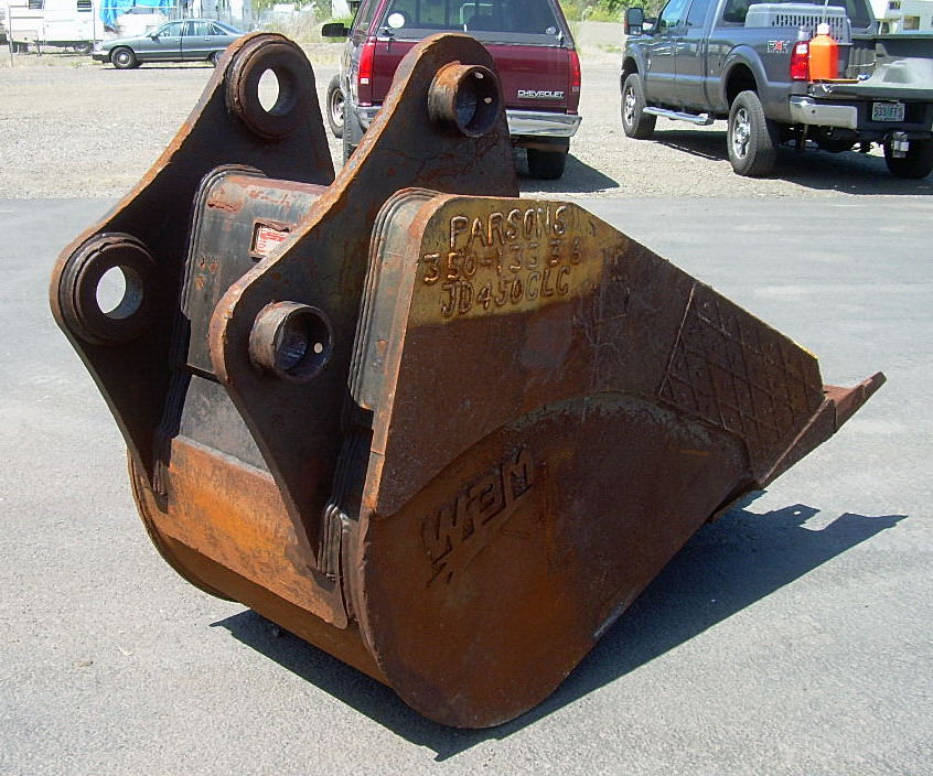 Hunt Tractor - Used 36