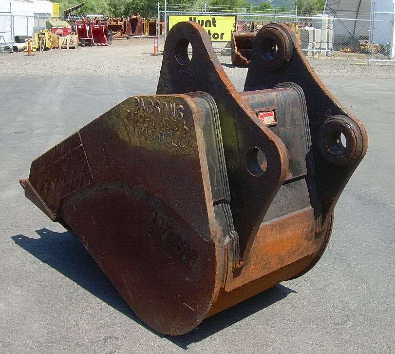 Hunt Tractor - Used 36 John Deere 450DLC Pin-On Frost ...