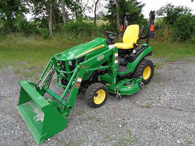 2014-John-Deere-1025R-MFWD-Tractor-with-John-Deere-H120 ...