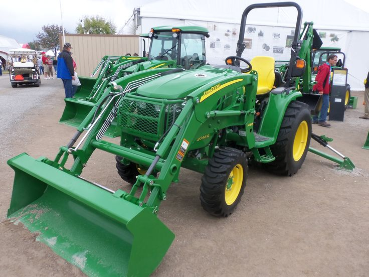 John Deere 3046R with H165 loader | Compact John Deer ...