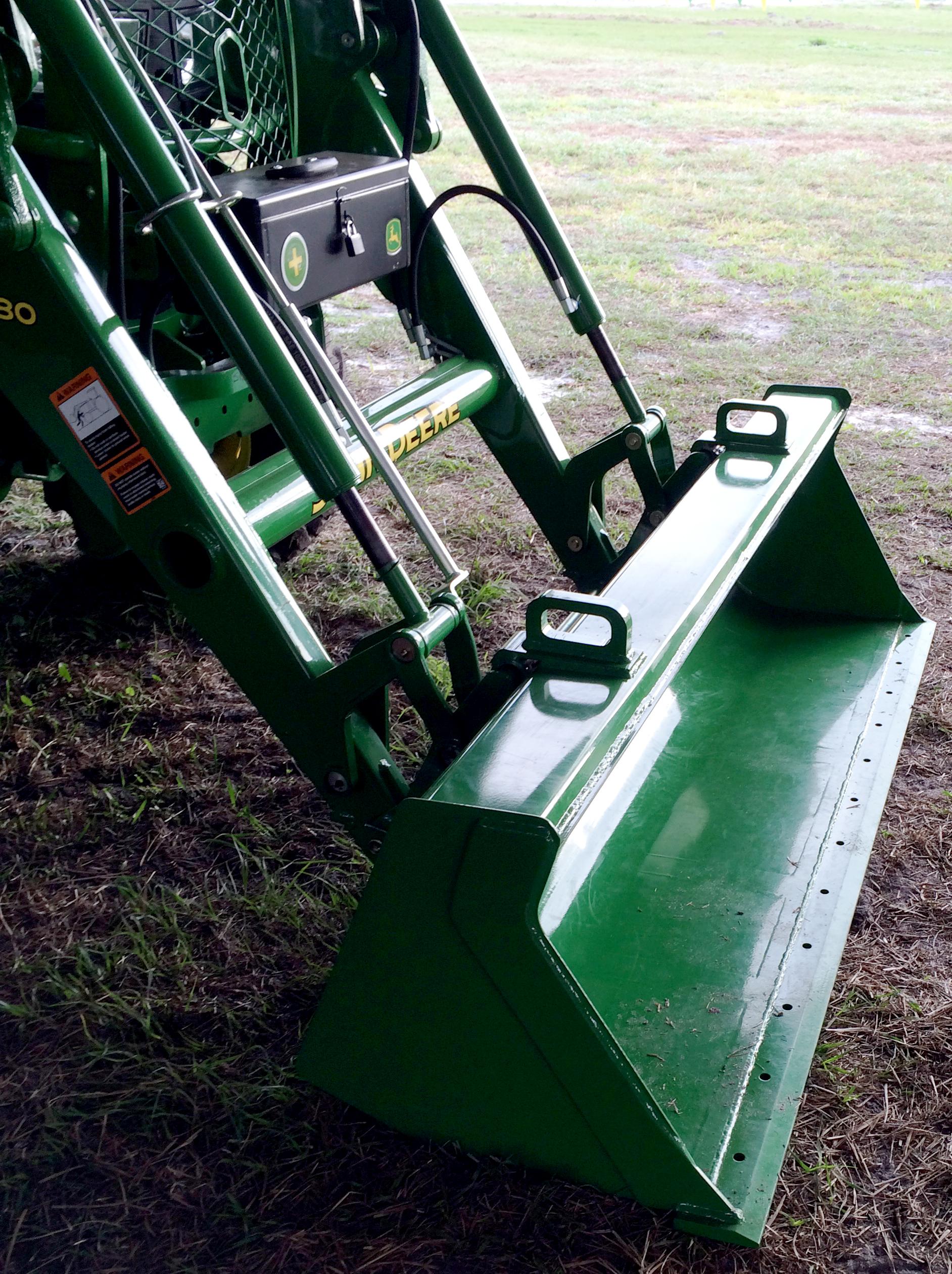 John Deere debuts 4 Family compact utility tractors ...