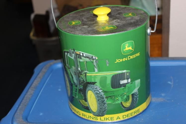A John Deere Ice Bucket
