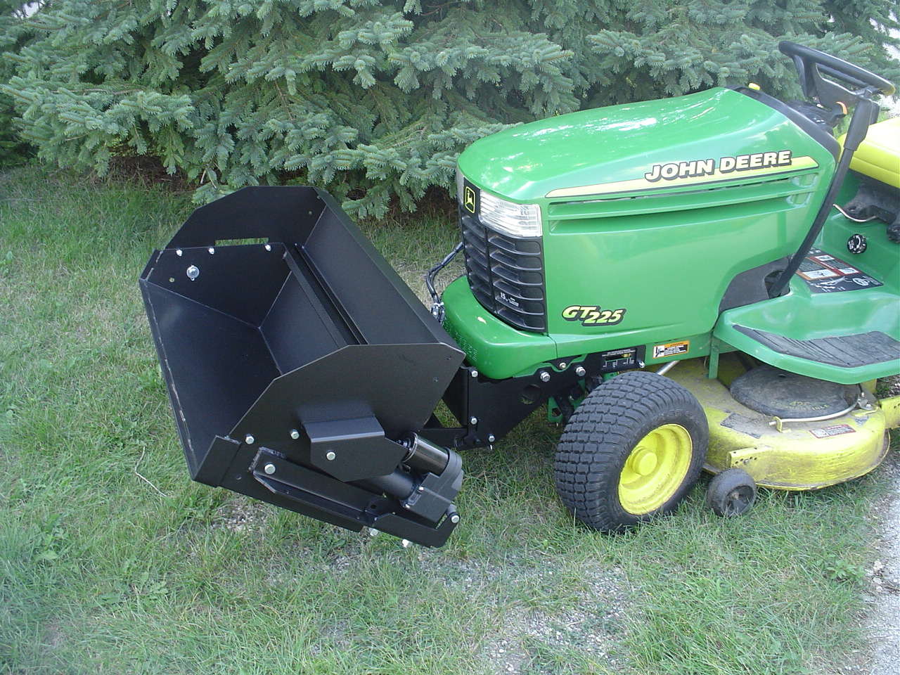 Johnny Bucket Jr. John Deere L and G100 series