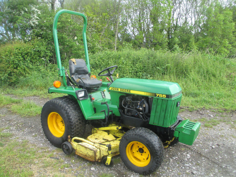 John Deere 755 Compact Tractor Ride on Lawn Mower with ...