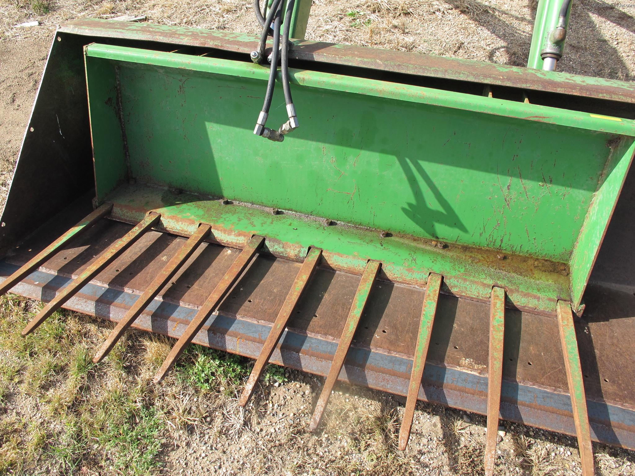 John Deere Manure Bucket Tractor Loaders - John Deere ...